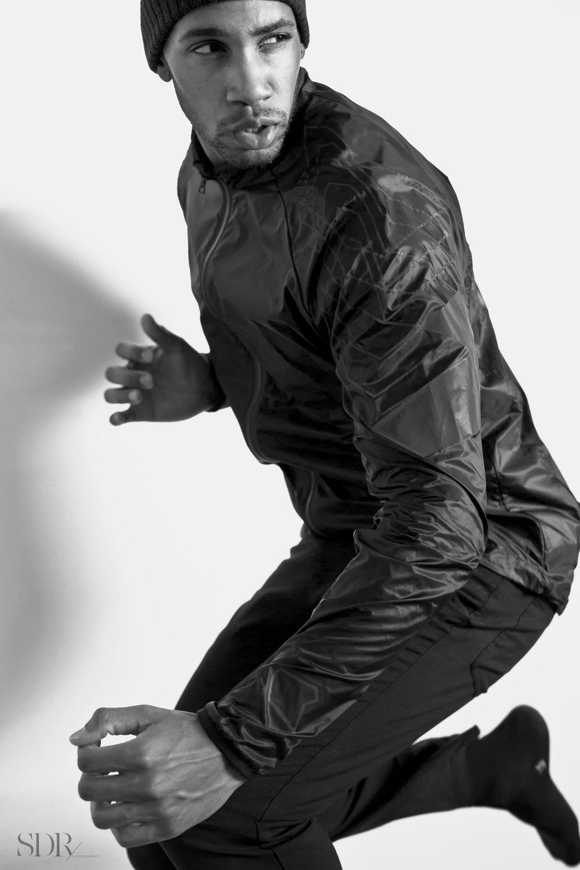 lunis-reflective-jacket-01.jpeg