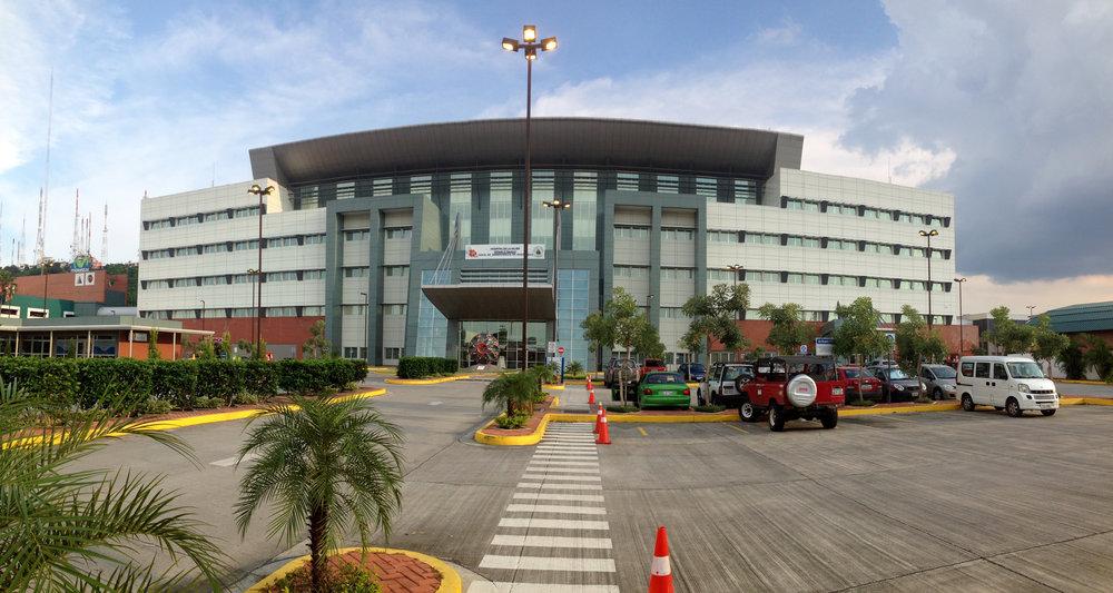 Colt_FeverPhone_Ecuador - 4 of 17.jpg