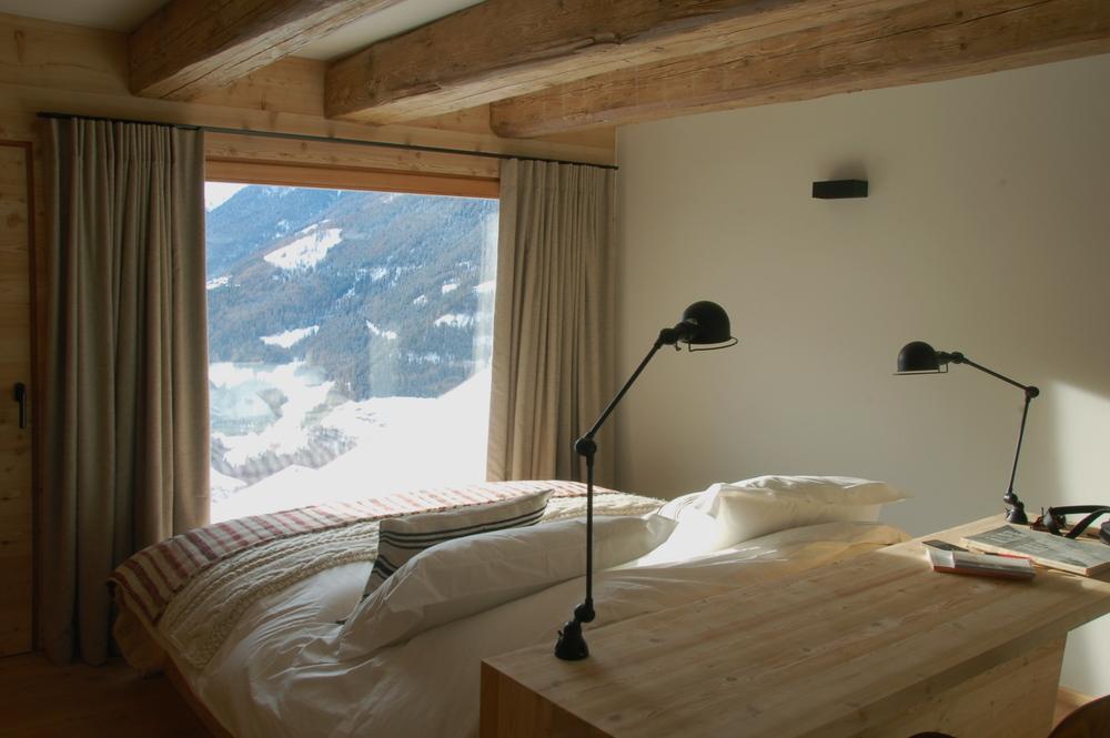 2.Montagne Alternative-Here & Away.jpg