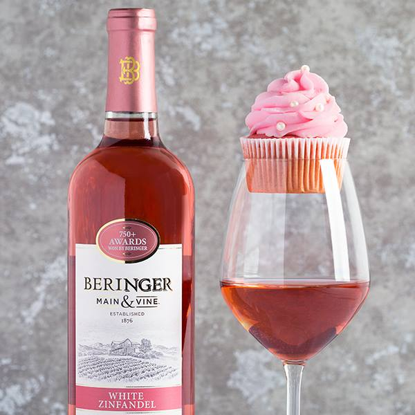 Valentines Day Cupcakes.jpg