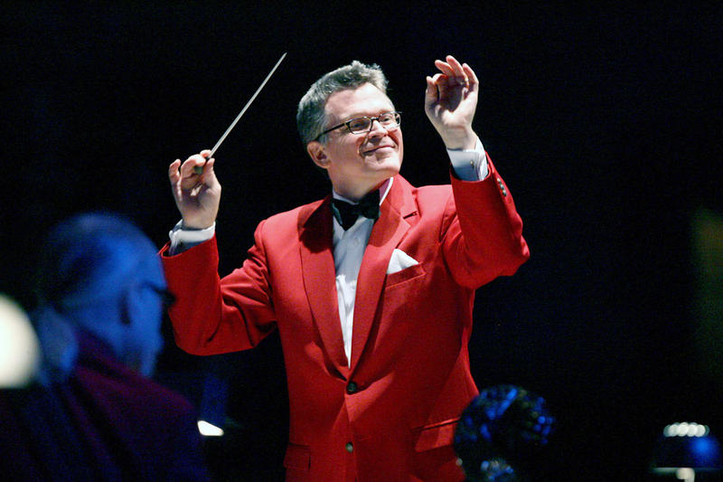 John Morris Russell (Cincinnati Pops) - Maestro JMR conducts MYCincinnati's Orchestras for the FESTIVAL OPENING! JULY 29 // 5:00 - 5:45 PM @ PRICE HILL REC CENTER