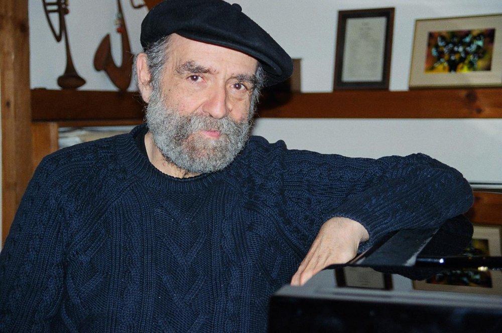 Boston based pianist Harvey Diamond