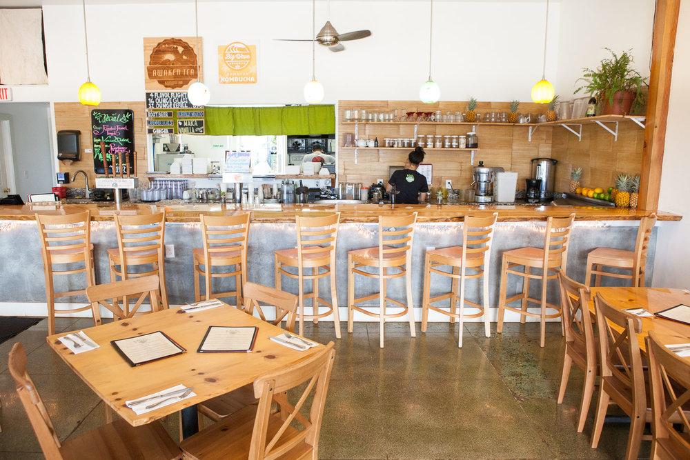 inside-maka-by-mana-restaurant.jpg