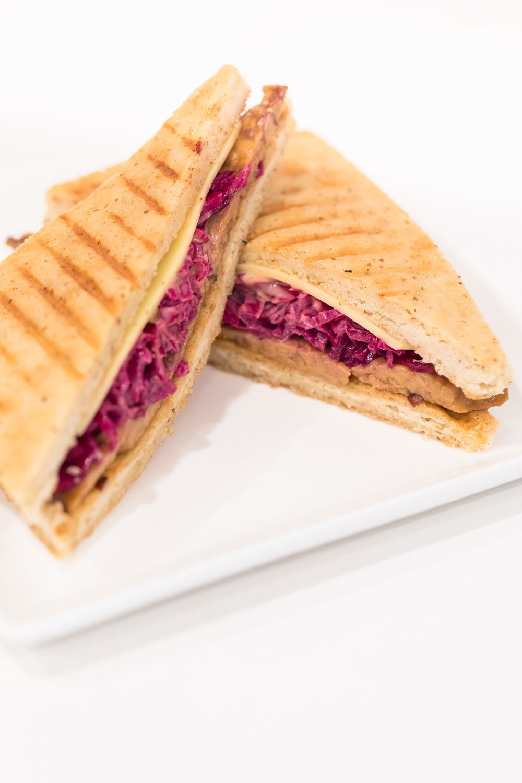 Maka-vegan-gluten-free-maui-cafe-ruben-3.jpg