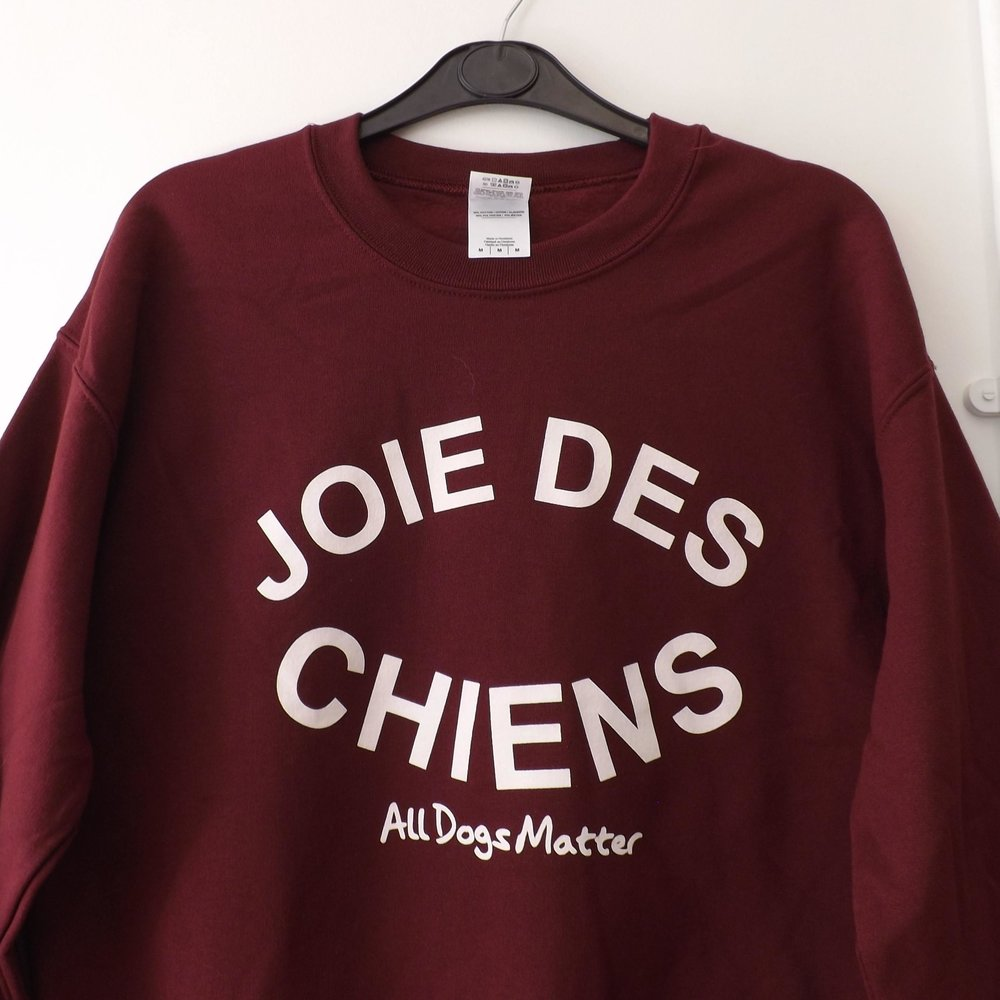 Available in maroon, navy, grey or black, the 100% cotton unisex sweatshirt comes from one of our favourite rescue charities,  All Dogs Matter . All proceeds go to the cause of rescuing and rehoming dogs in London. £20 from  alldogsmatter.co.uk