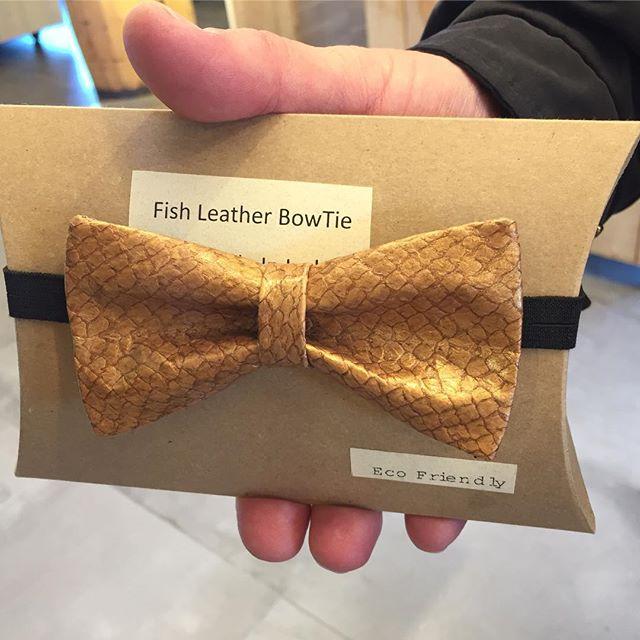 What?!?! Competition! #fishtiet #fishtie #bowties #fashion #shopmycloset #ecofriendly #salmon #style #casuallyclassy