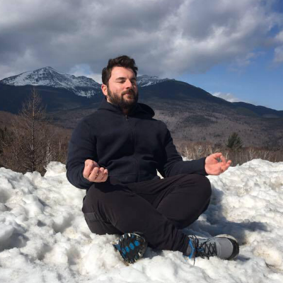 Scotty mcCraney - Reiki 1 Training & Certification, Mala Creation & Intention Setting - RYT200. Usui Ryoho Reiki 2 Practitioner. Owner & Founder of Seeking OM.https://seekingom.com/