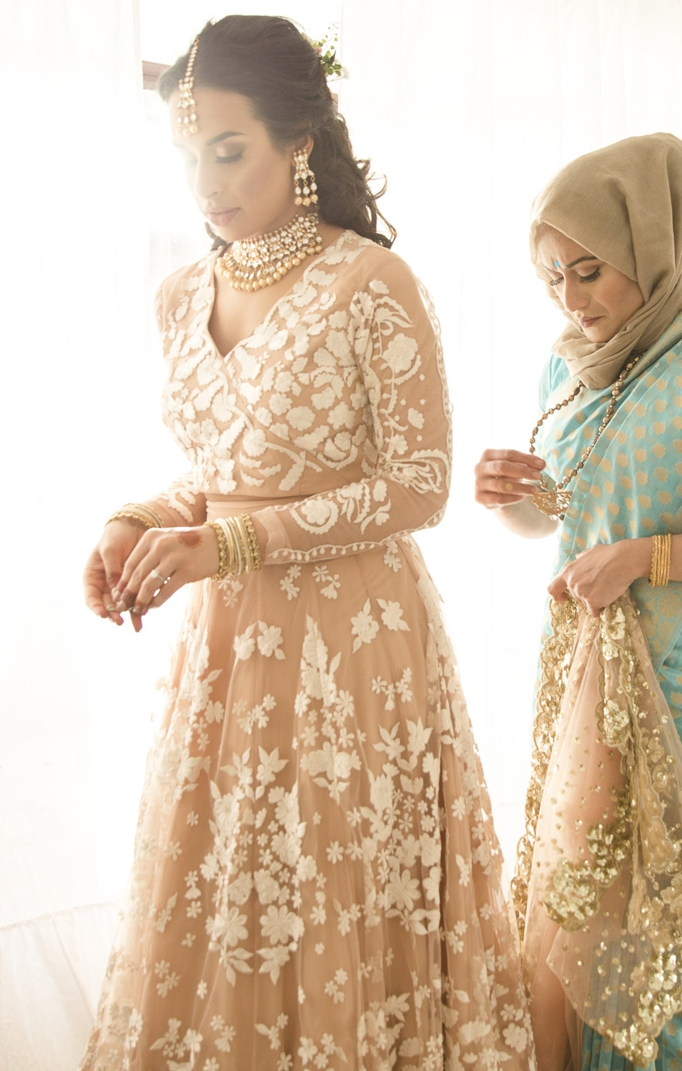 Thahmina mehndi London Osmani Centre E1 london Sophie Anwar weddings and portraits-122.jpg