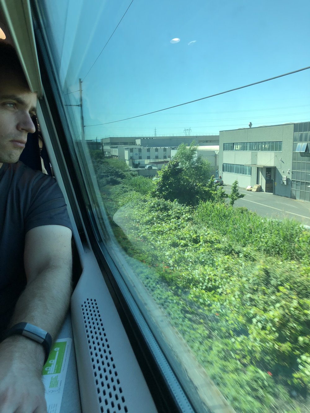 Relaxing on an Italian train to Lucca!
