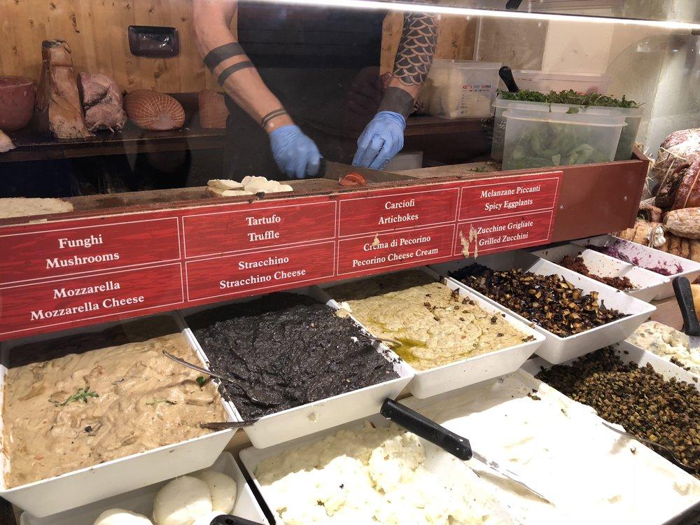 All'antico Vinaio condiments for the sandwich