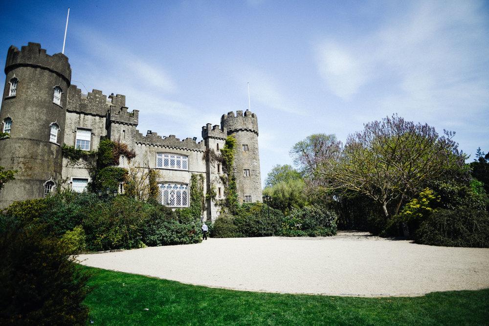 Castle picnic (2 of 6).jpg