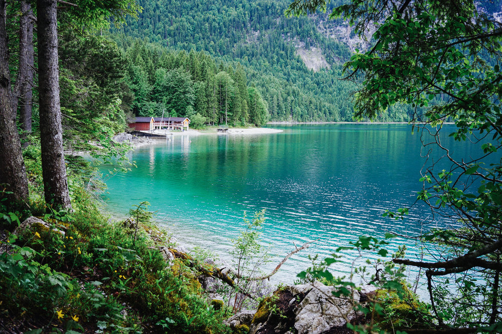 20 photos to inspire you to visit eibsee lake in bavaria monet