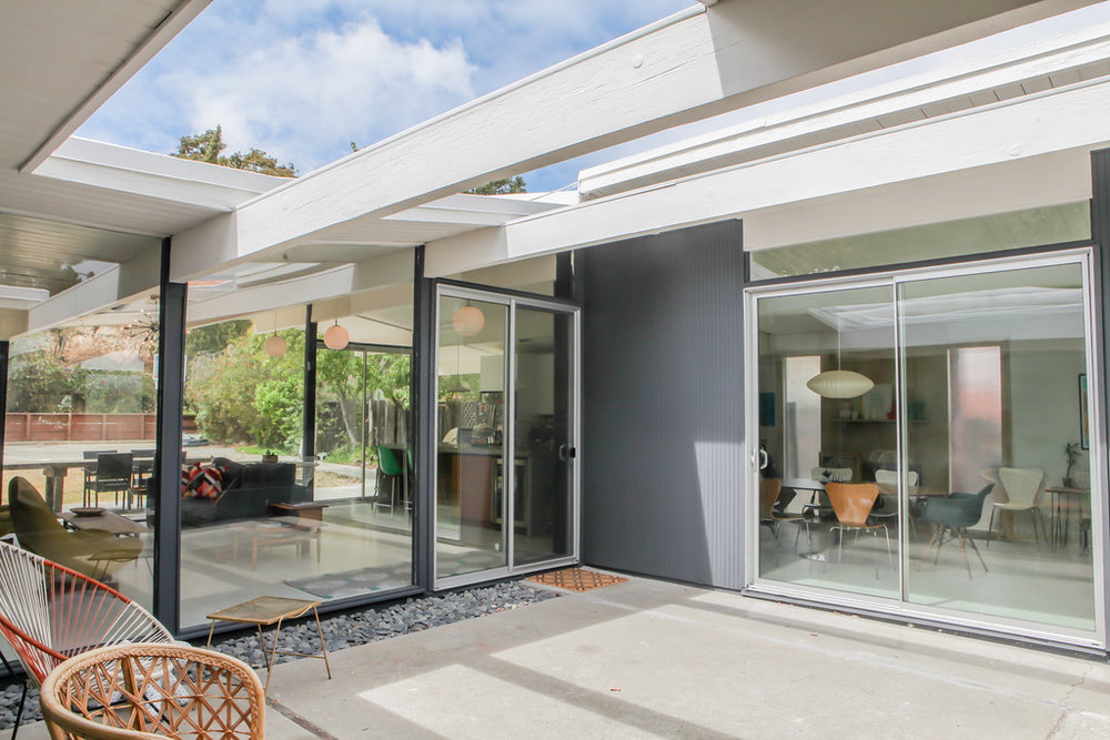 Eichler restored by Walnut Creek interior designer, Karen Nepacena.