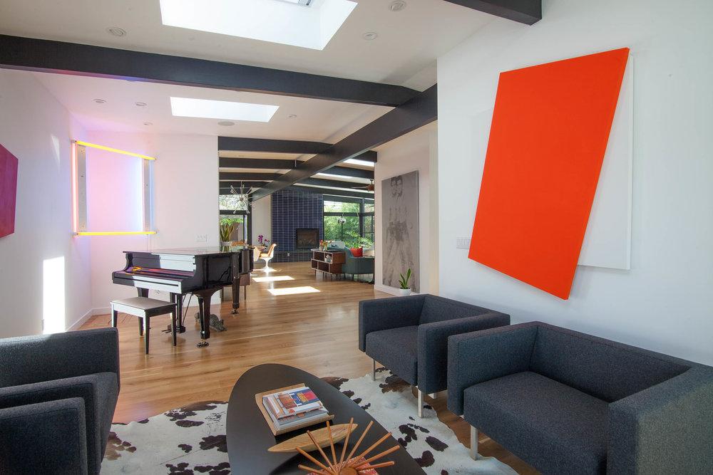 Midcentury-inspired-living-room.jpg