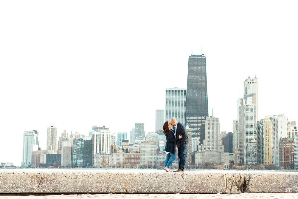 chicago-engagement-photographer-classy-olive-park-downtown-wedding-champagne-kristen-cloyd-6.jpg