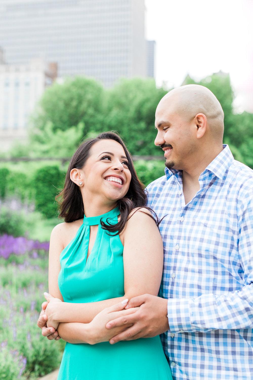 wedding-photographer-chicago-classy-engagement-olive-park-2