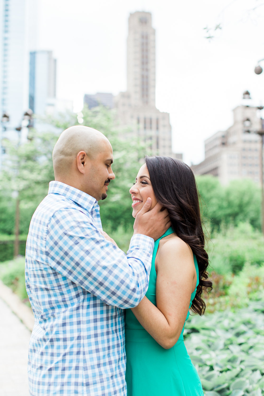 wedding-photographer-chicago-classy-engagement-olive-park-7
