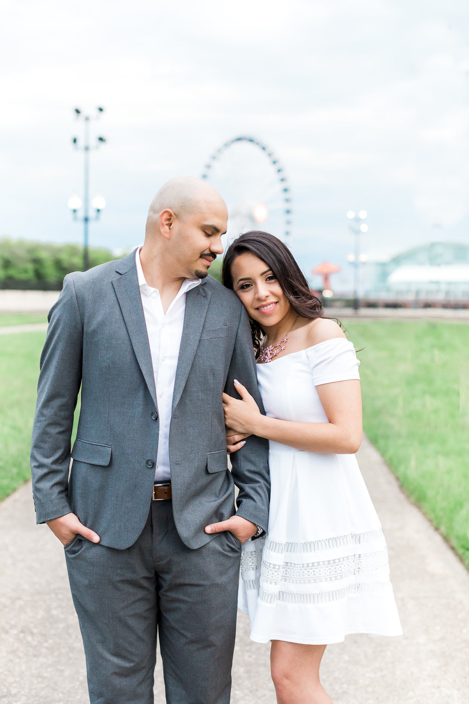wedding-photographer-chicago-classy-engagement-olive-park-23