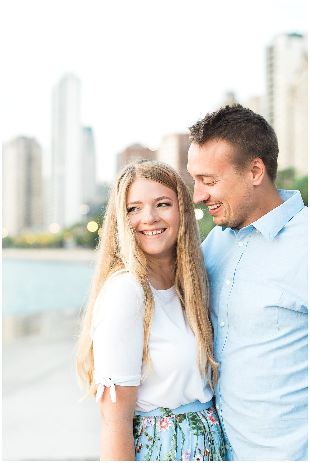 Lincoln-Park-Chicago-Engagement-Photographer-7.jpg