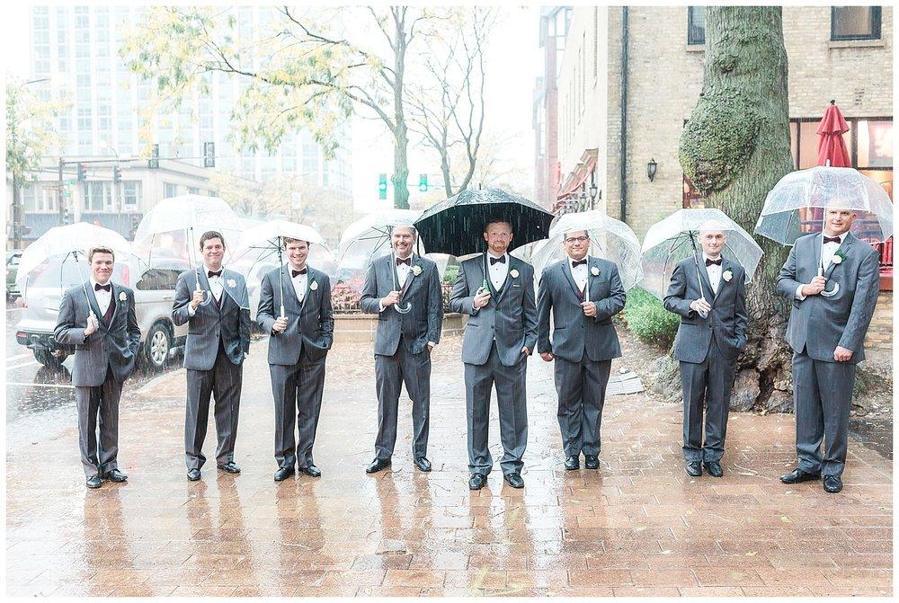romantic-chicago-wedding-photographer-blush-dress_0063.jpg