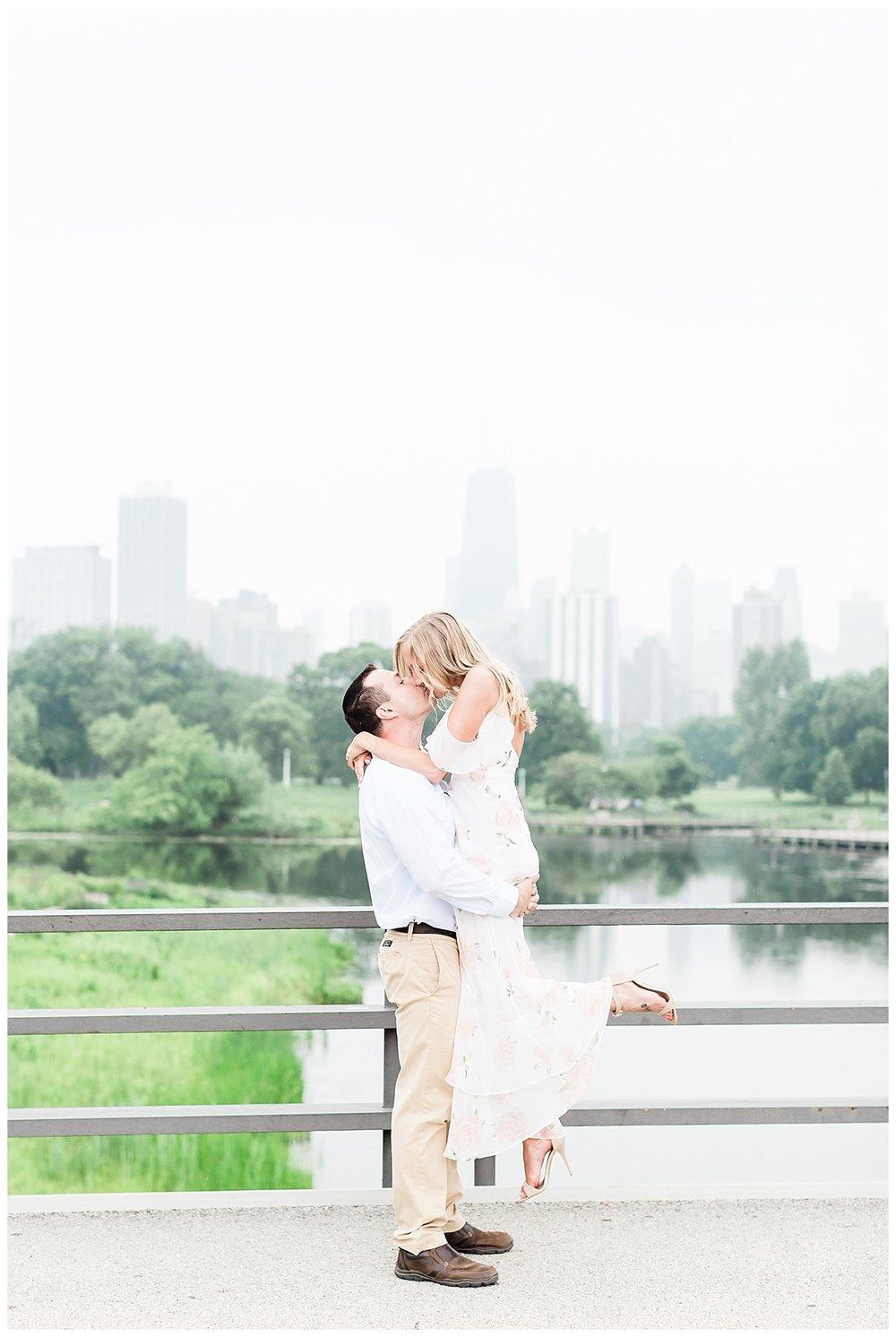 best-chicago-engagement-photographer_0052.jpg