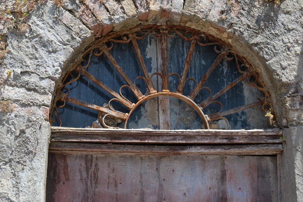 Sicilian historical entry door