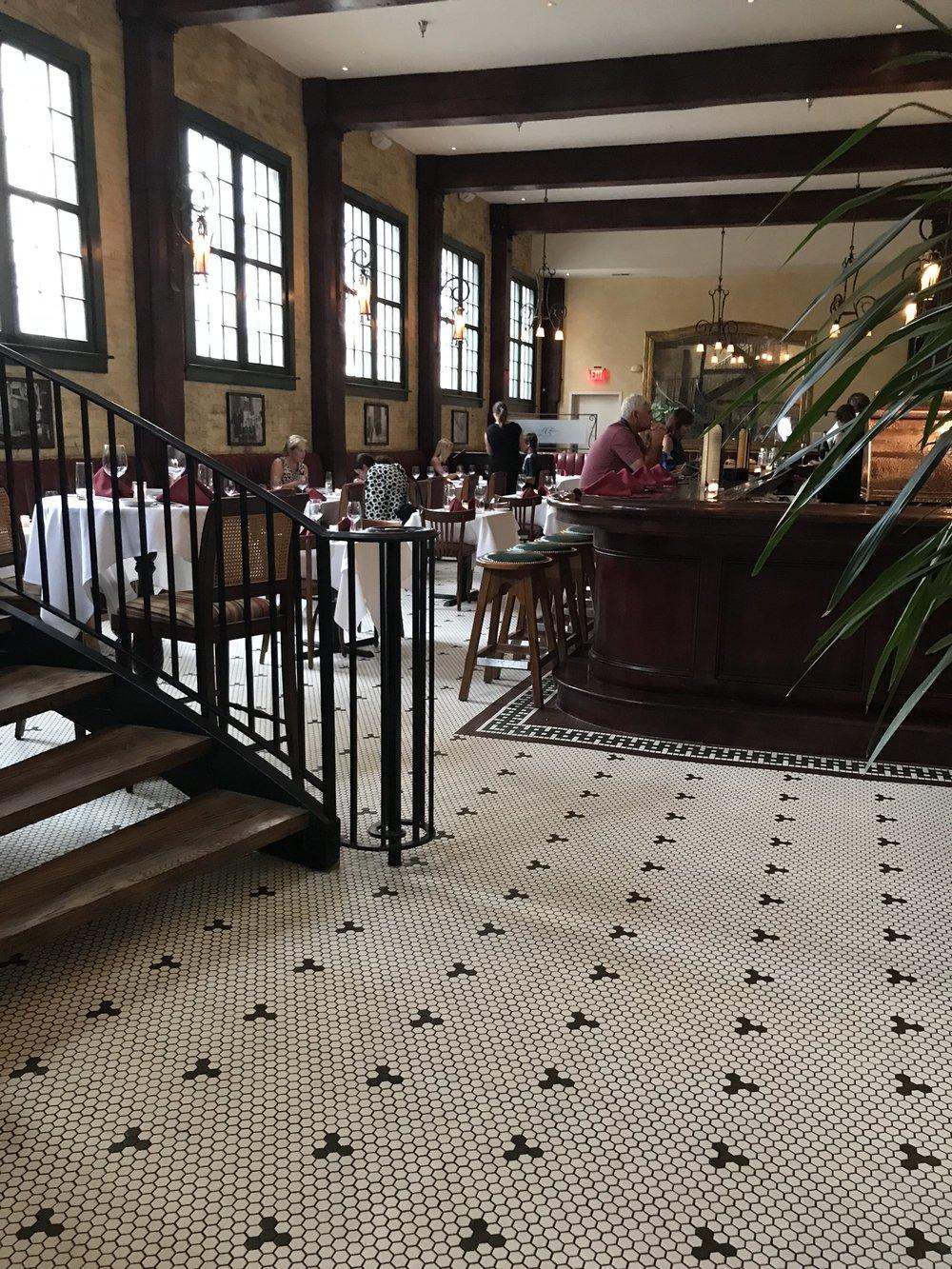 Charleston _restaurant-2.jpg