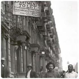 1968년도 조사에 의하면 Harlem의 51%의 건물만이 안전한 것으로 나타났으며, 매일 500건의 위생문제, 건물 구조물 문제 난방관련등의 불편신고가 NYC Building Department에 접수됨