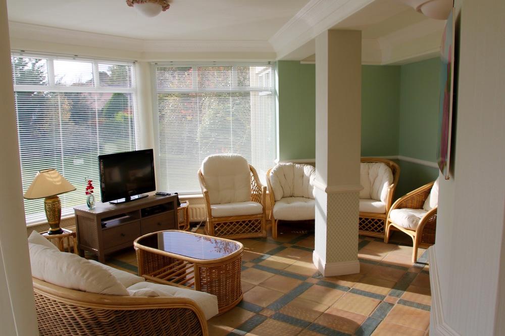Garden level lounge