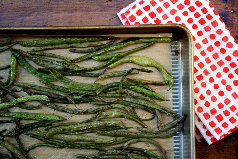 the-best-simple-paleo-roasted-green-beans-gluten-free