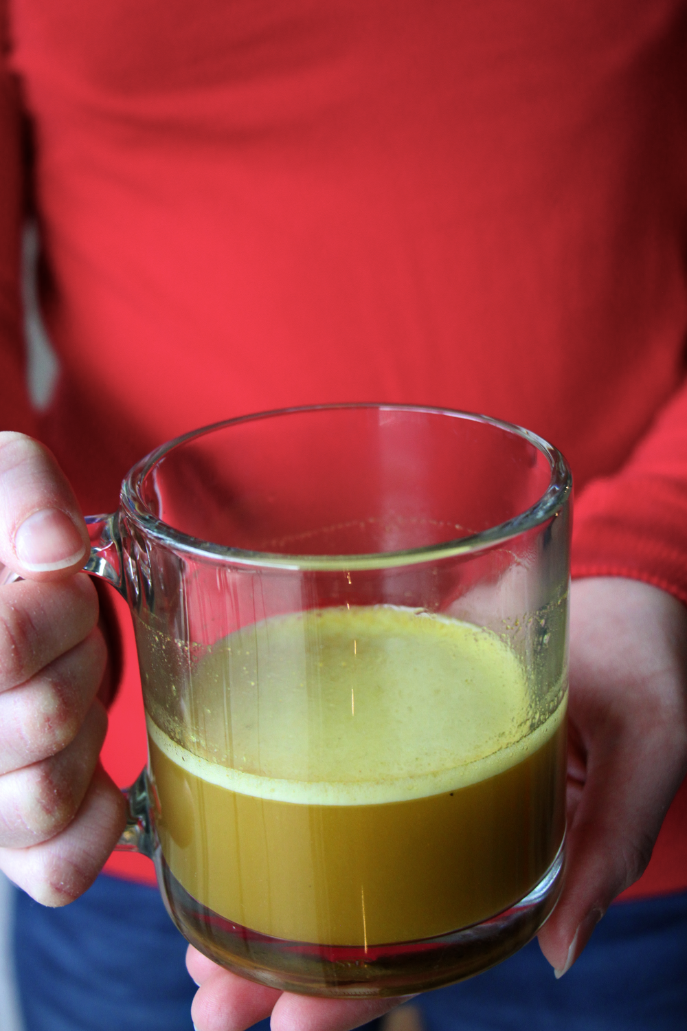 super-healing-bone-broth-turmeric-drink-2