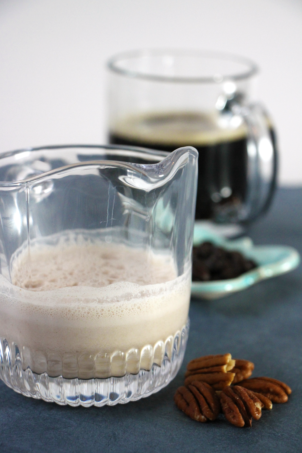 homemade-pecan-milk-and-coffee
