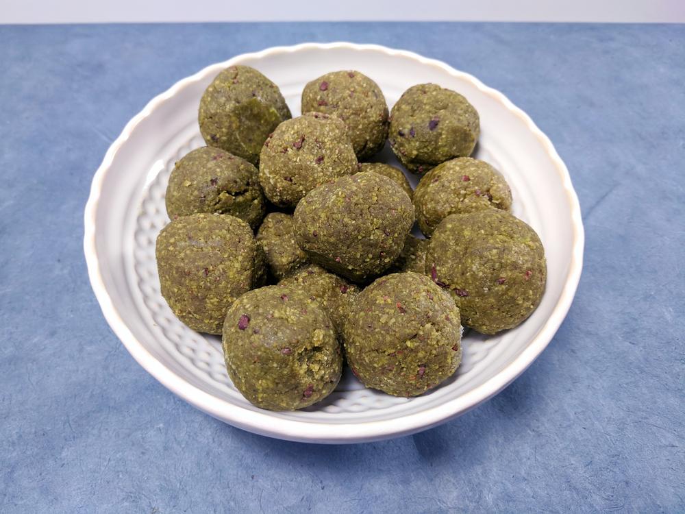 matcha-snack-balls-paleo