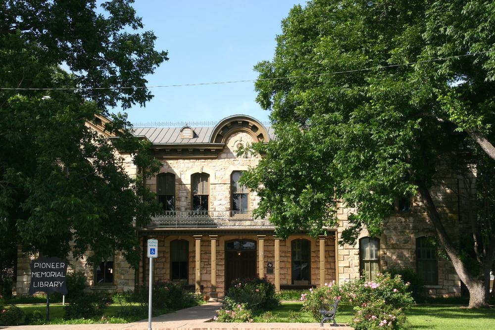 Pioneer Memorial Library.jpg