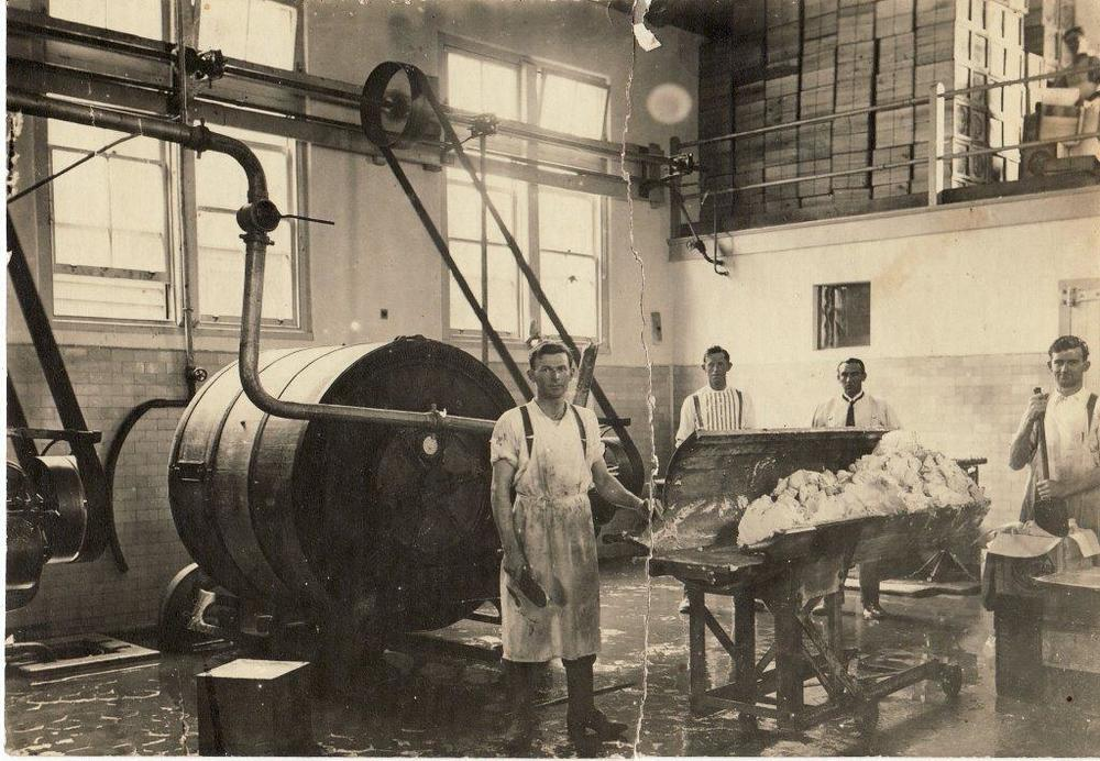 Stanley Gordon McPhee at right at Newstead Butter Factory1892 1972.jpg