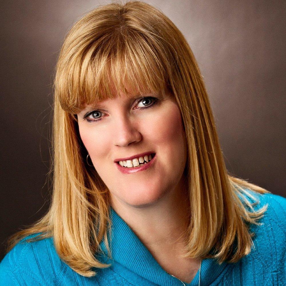 Janet Nordine Headshot.jpg