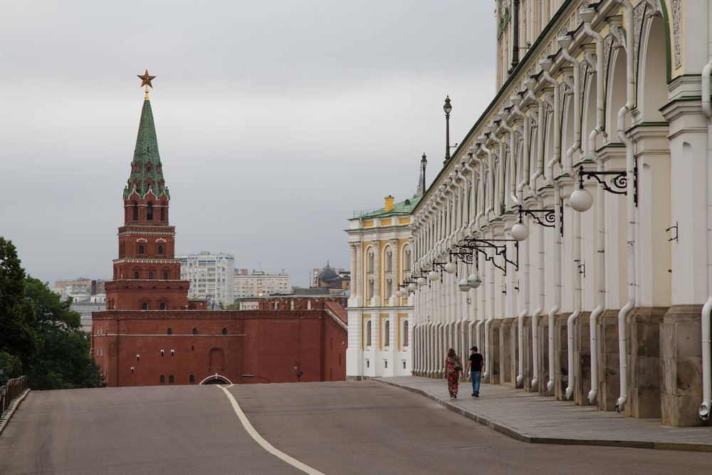 Road to the main gate of the Kremlin.