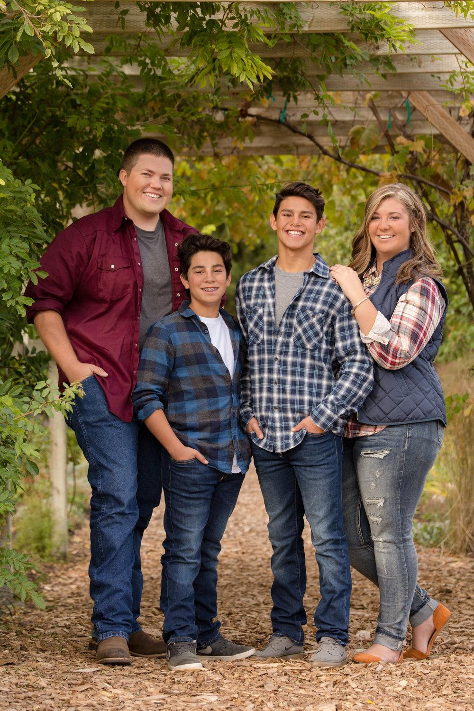 Ware Family-Kristy Fav-12.JPG