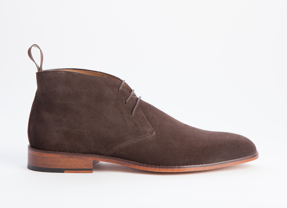 Style and Sharpness of Suede Shoes - If you are a shoe aficionado like me, then somewhere in your closet you have an old pair of suede shoes. I happen to have multiple pairs that I have grown very fond of.