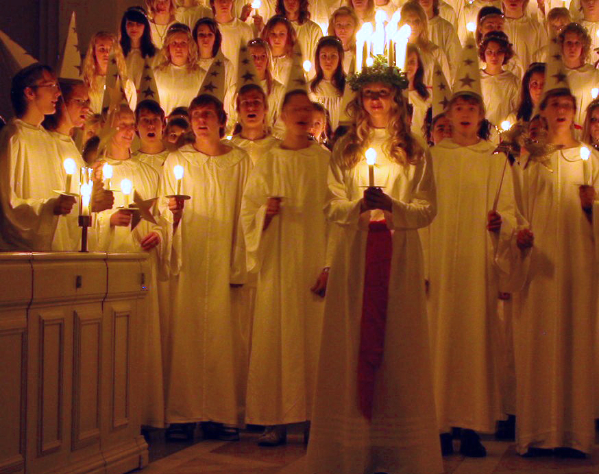 Lucia procession (photo by  Claudia Gründer )