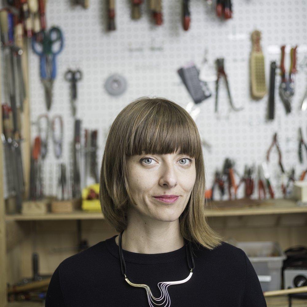 Mia Hebib  Oblik Atelier