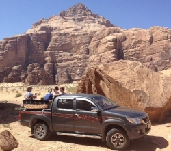 Wadi Rum Nature Tours - One Day Jeep Tour 4x4 Tour