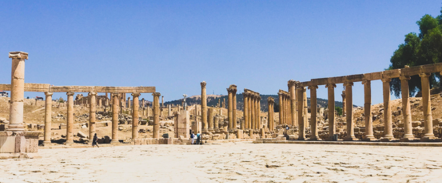 Jerash. Photo taken by  @asifaa on Instagram .
