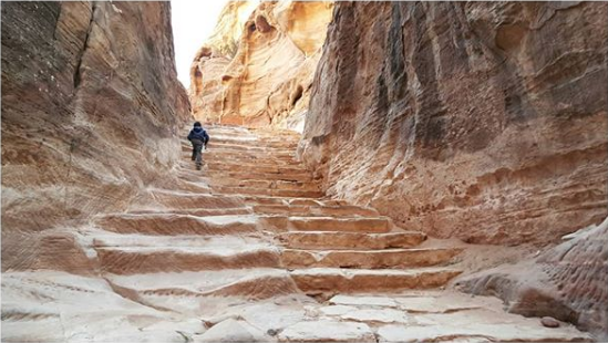 An ancient staircase in Little Petra. Photo taken by  @tot_errando on Instagram .