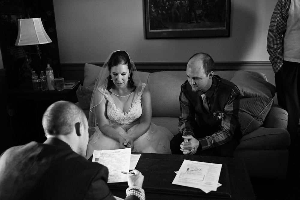 EastLynnFarmWedding-Steph&Aaron-GettingReady-198.jpg
