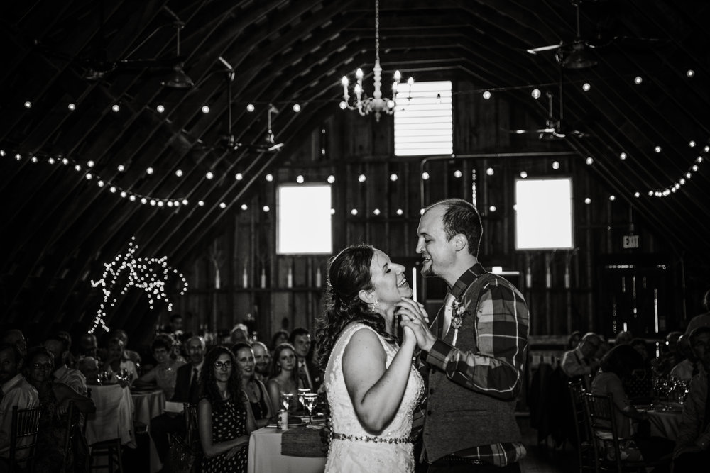 EastLynnFarmWedding-Stephanie&Aaron-Reception-59.jpg