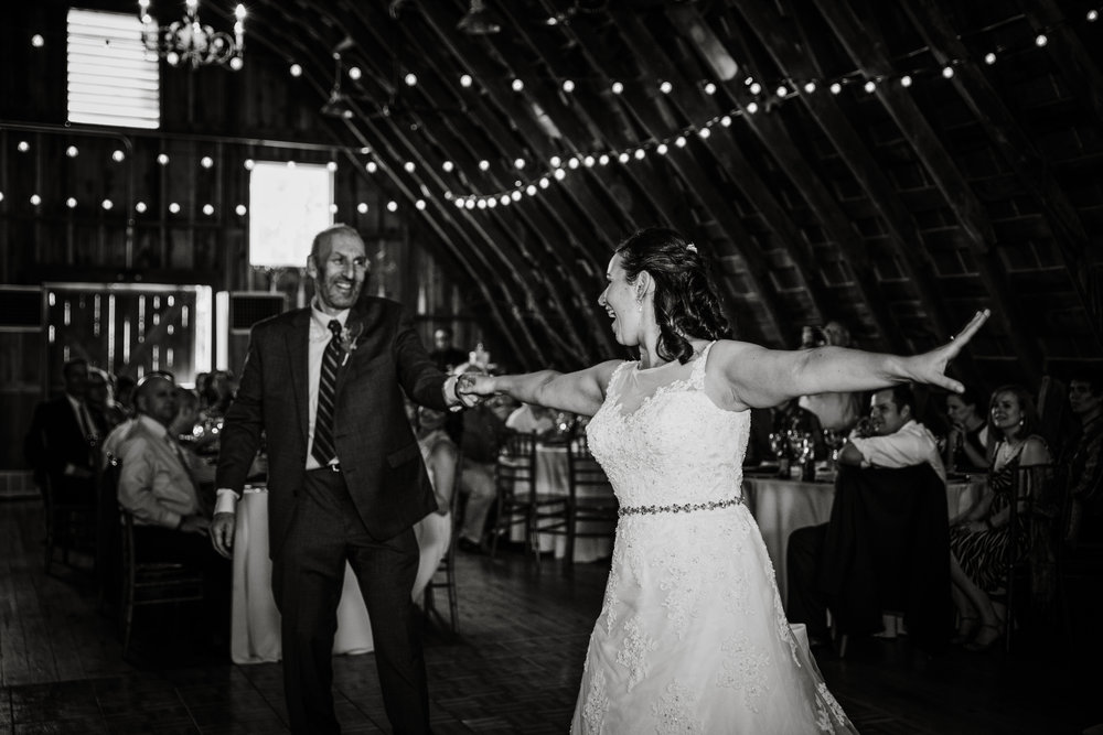 EastLynnFarmWedding-Stephanie&Aaron-Reception-80.jpg