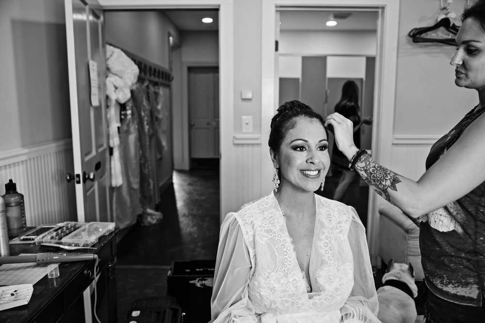 KingFamilyVineyardWedding-GettingReady-54.jpg