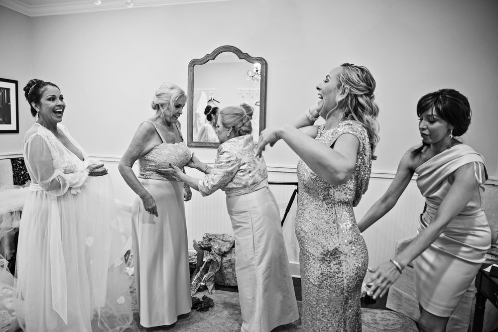 KingFamilyVineyardWedding-GettingReady-195.jpg
