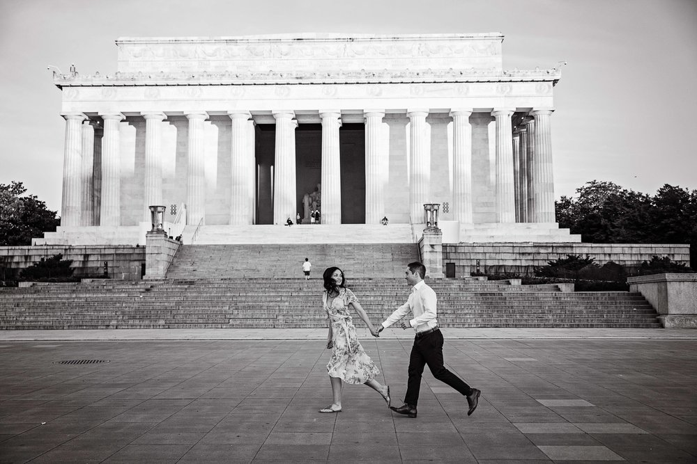 WashingtonDCSunriseEngagement-Colleen&Connor-12.jpg